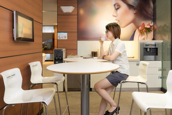 5 Common Mistakes Seen in Breakroom Cleaning